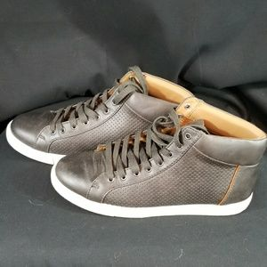 Sneakers active casual dress shoes